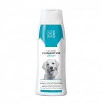 Champú neutro uso frecuente para perros m-pets